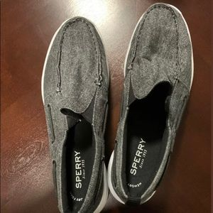 Sperry topsiders size 12